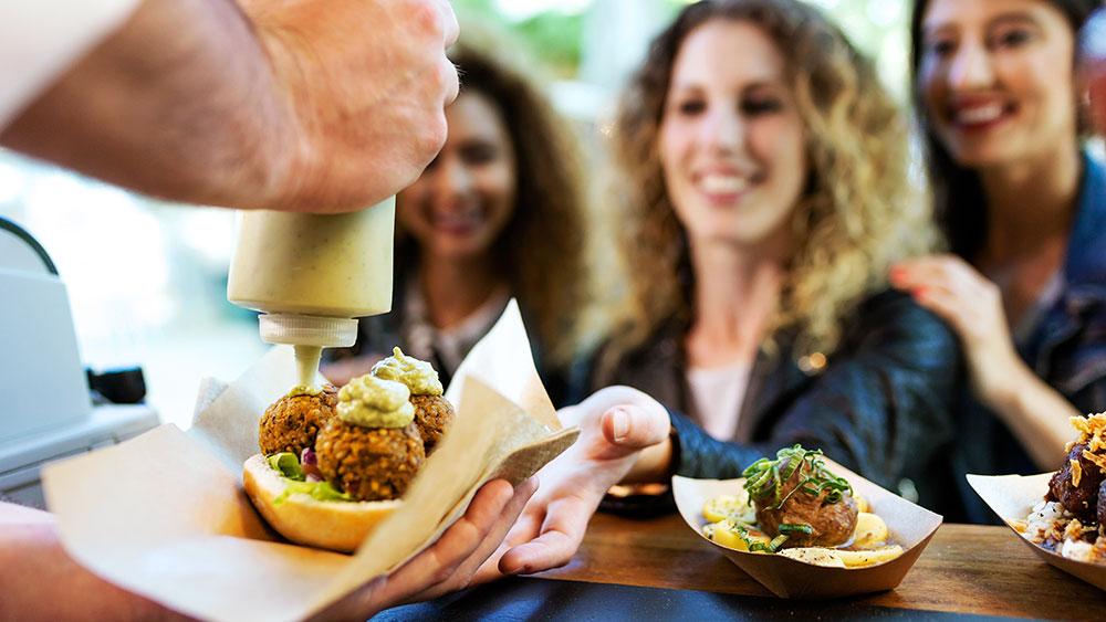 Fenomén street foodu – Bunsmobile jako špička berlínských food trucků