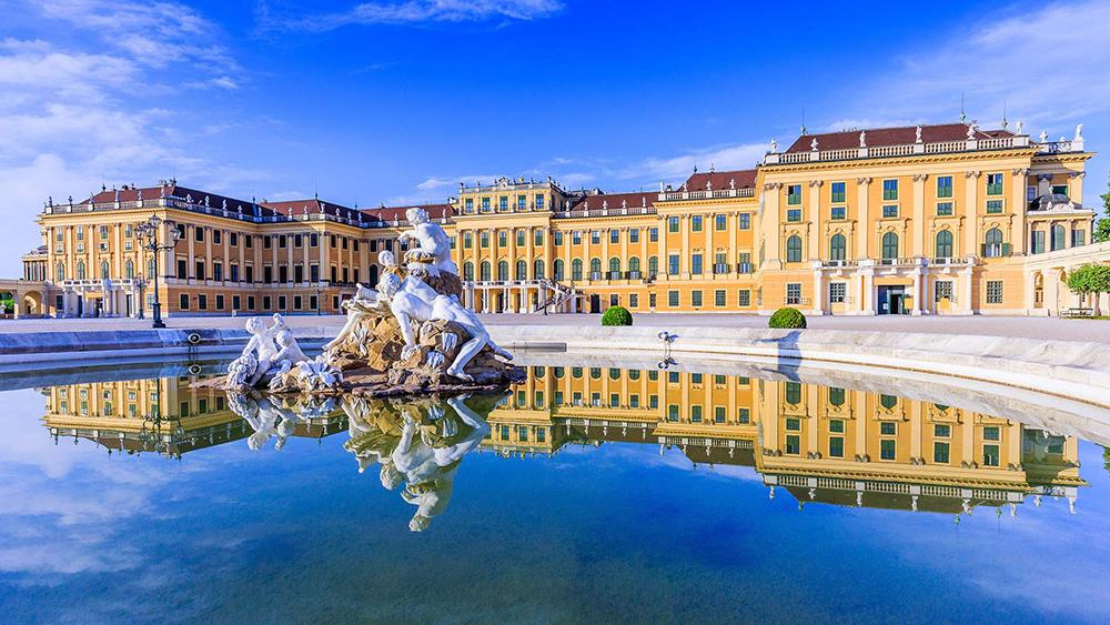 Vídeň a památky: Zámek Schönbrunn – domov císařovny Sissi